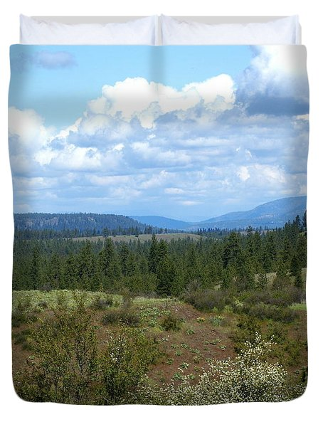 Duvet Cover featuring the photograph The Great Northwest by Ben Upham III