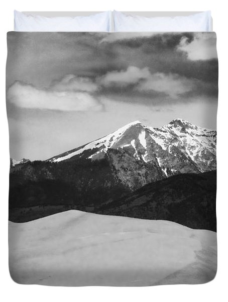 The Great Sand Dunes And Sangre De Cristo Mountains - Bw Duvet Cover by James BO  Insogna