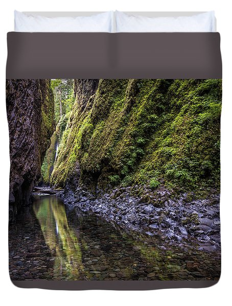 Duvet Cover featuring the photograph The Green Canyon Of Oregon by Pierre Leclerc Photography