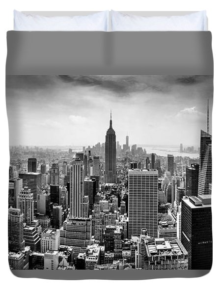 New York City Skyline Bw Duvet Cover