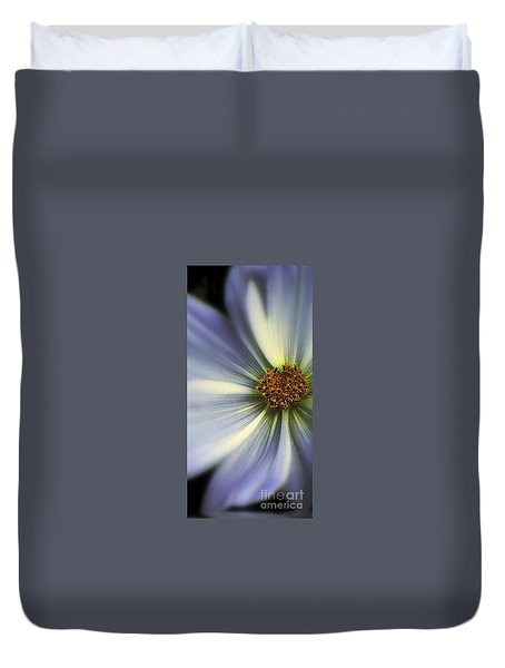 Duvet Cover featuring the photograph The Jewel by Elfriede Fulda