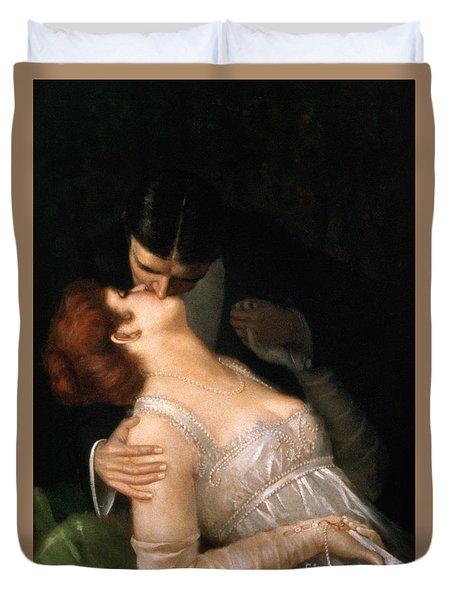 The Kiss Duvet Cover