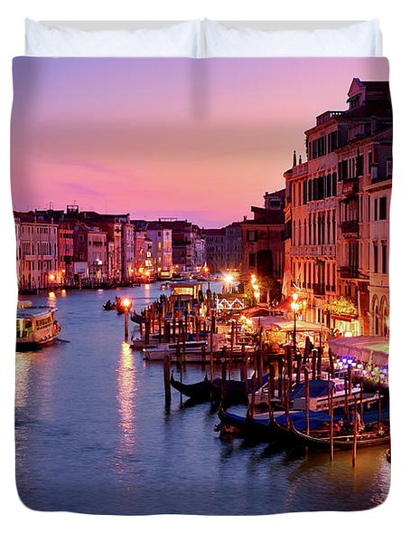 The Blue Hour From The Rialto Bridge In Venice, Italy Duvet Cover