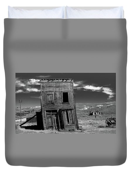 The Leaning Tower Of Bodie Duvet Cover by Marius Sipa