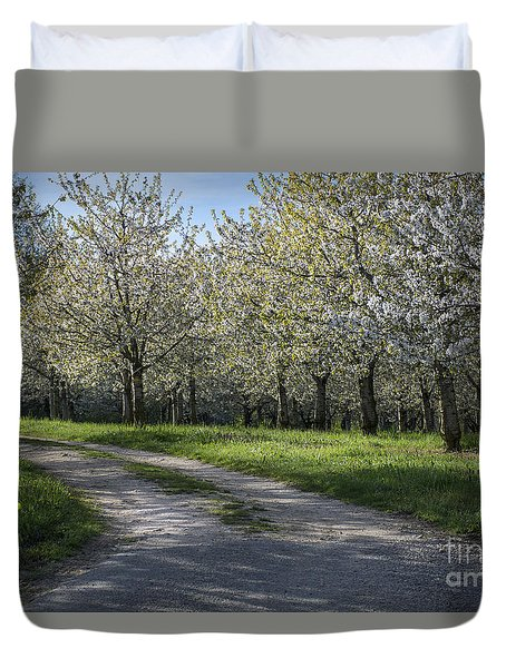 The Life Awakes 1 Duvet Cover