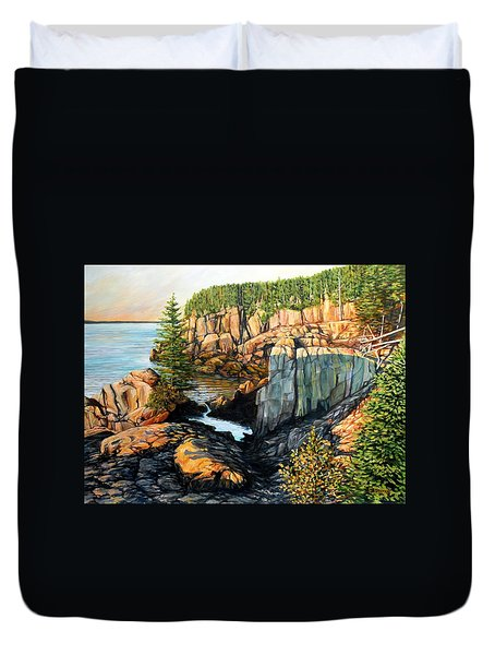 The Light Dawns On West Quoddy Head Duvet Cover