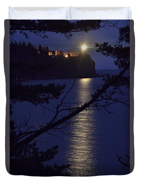 Duvet Cover featuring the photograph The Light Shines Through by Larry Ricker