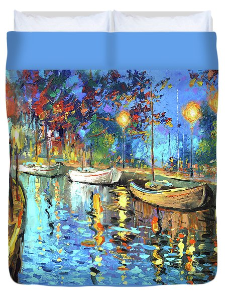 The Lights Of The Sleeping City Duvet Cover