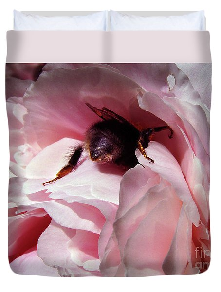 The Lost Bee  Duvet Cover