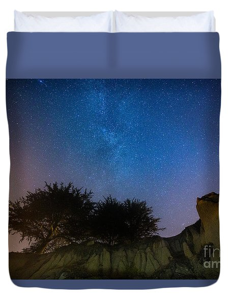 The Milky Way Above Shell Beach Duvet Cover