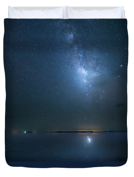 Duvet Cover featuring the photograph The Milky Way And The Egret by Mark Andrew Thomas