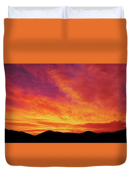 The Morning Sky Ablaze Duvet Cover