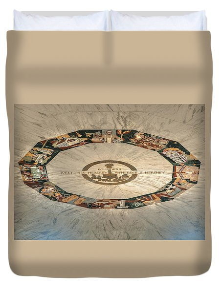 Duvet Cover featuring the photograph The Mural by Mark Dodd