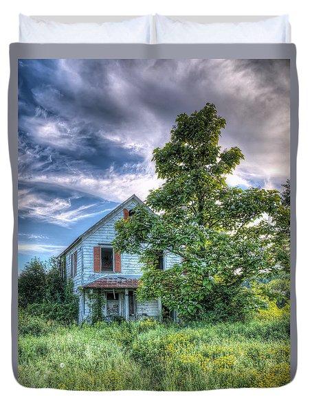 The Nathaniel White Farm House Duvet Cover
