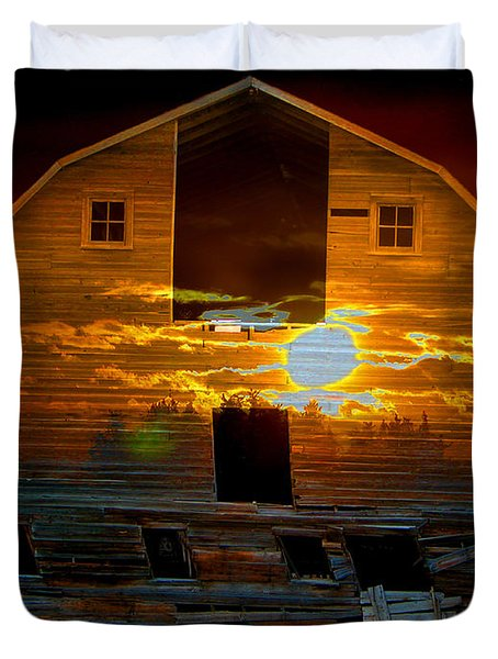 The Old Barn Duvet Cover by Stuart Turnbull