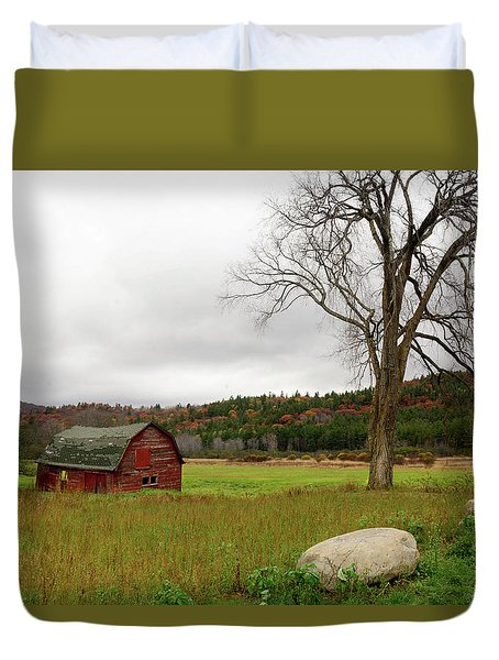The Old Barn With Tree Duvet Cover