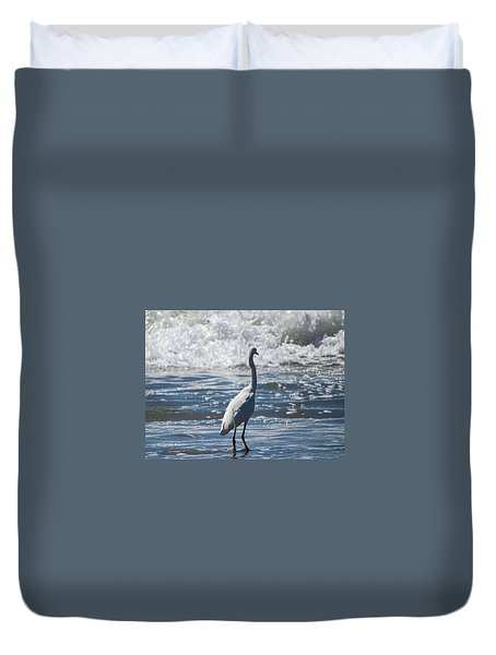 Egret And The Waves Duvet Cover