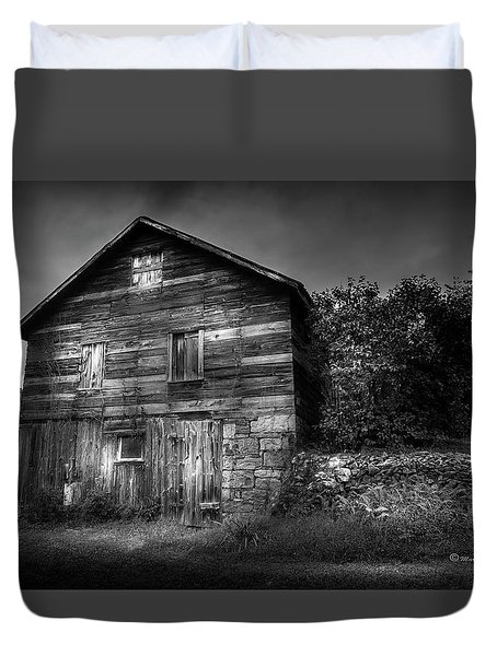 Duvet Cover featuring the photograph The Old Place by Marvin Spates