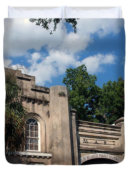 The Old Slave Market Museum In Charleston Duvet Cover by Susanne Van Hulst