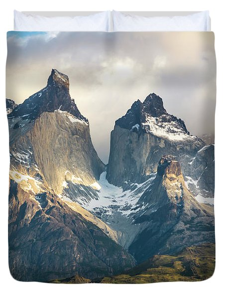The Peaks At Sunrise Duvet Cover by Andrew Matwijec