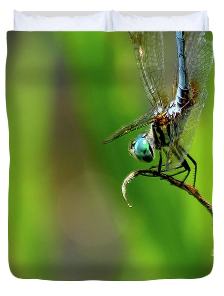 Duvet Cover featuring the photograph The Performer Dragonfly Art by Reid Callaway