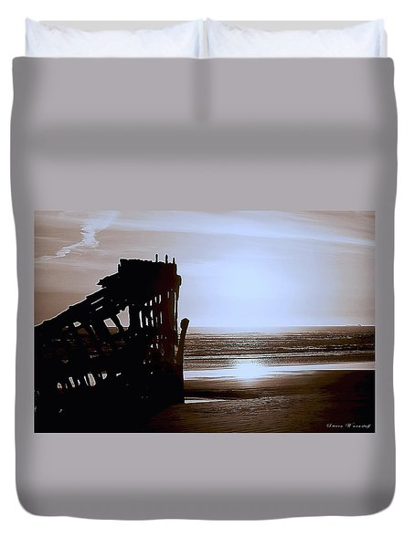 The Peter Iredale 7 Duvet Cover