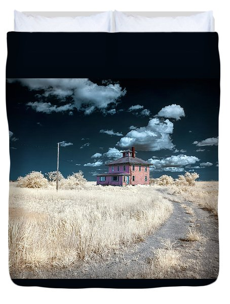 The Pink House In Halespectrum 1 Duvet Cover
