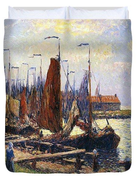 The Port Of Volendam Duvet Cover by Henry Moret