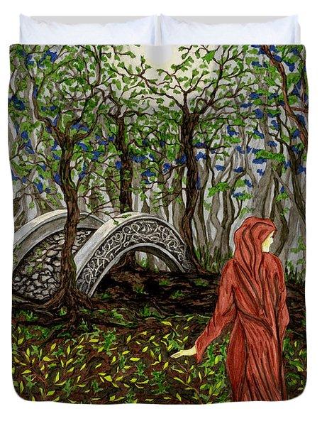 The Priestess Of Ealon Duvet Cover