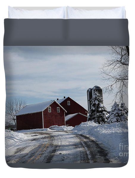 The Red Barn In The Snow Duvet Cover