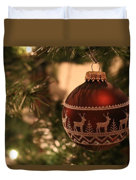 Duvet Cover featuring the photograph The Reindeer Ornament by Living Color Photography Lorraine Lynch