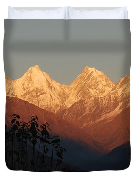 The Rendezvous. A Panorama. Duvet Cover