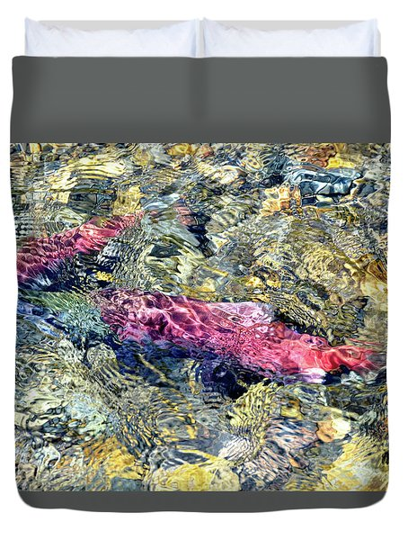 Duvet Cover featuring the photograph The Ripple Effect by David Lawson