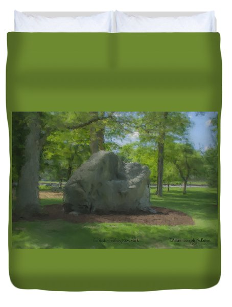 The Rock At Frothingham Park, Easton, Ma Duvet Cover