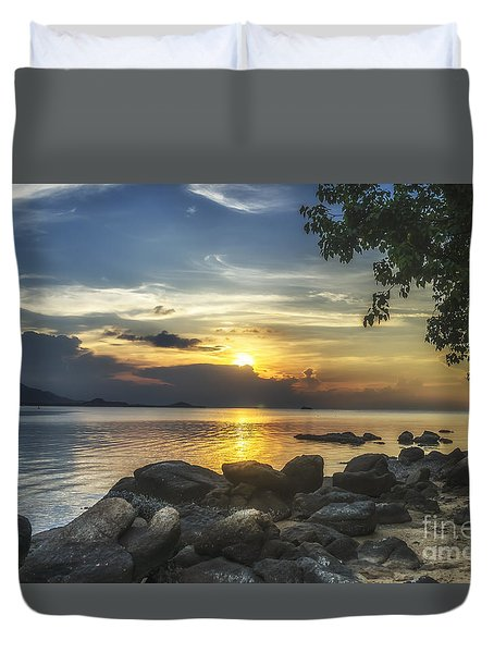 The Rocks At Dusk Duvet Cover