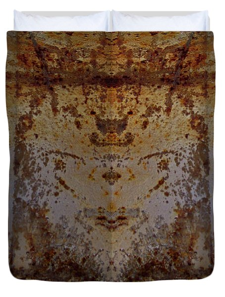 The Rusted Feline Duvet Cover