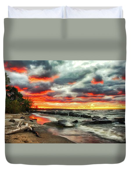 The Sky On Fire At Sunset On Lake Erie Duvet Cover