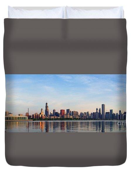 The Skyline Of Chicago At Sunrise Duvet Cover