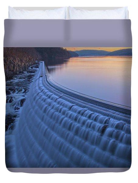 The Spillway At Dawn Duvet Cover