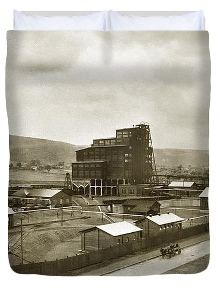 The Stanton Colliery Empire St. The Heights Wilkes Barre Pa Early 1900s Duvet Cover