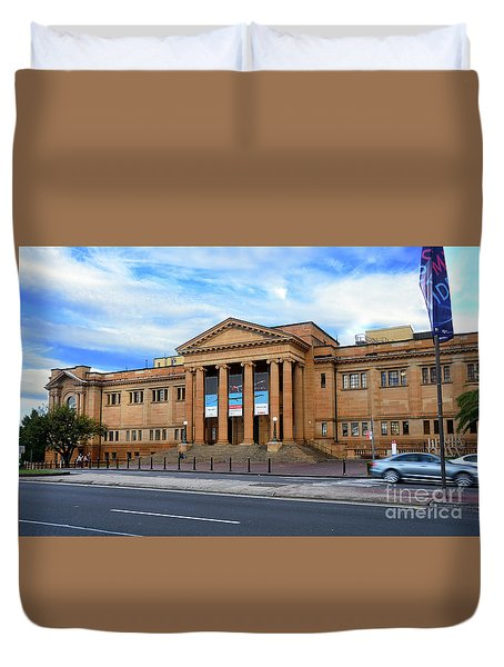 Duvet Cover featuring the photograph The State Library Of New South Wales By Kaye Menner by Kaye Menner