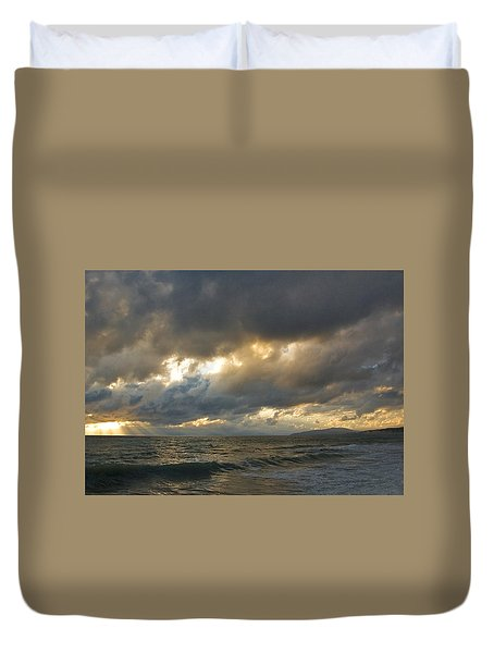 The Storm Comes Duvet Cover