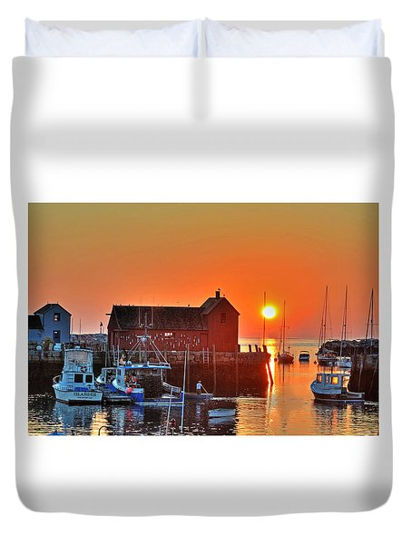 The Sun Rising By Motif Number 1 In Rockport Ma Bearskin Neck Duvet Cover