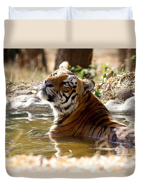 Duvet Cover featuring the photograph The Thinker by Ramabhadran Thirupattur