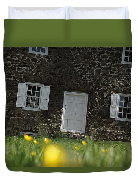 Duvet Cover featuring the photograph The Thompson-neely House In Washington Crossing State Park by Emanuel Tanjala