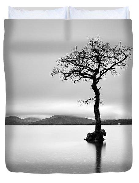 The Tree Duvet Cover by Grant Glendinning