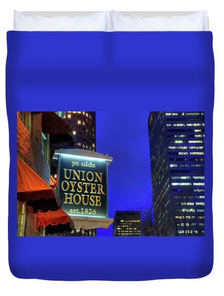 Duvet Cover featuring the photograph The Union Oyster House - Boston by Joann Vitali