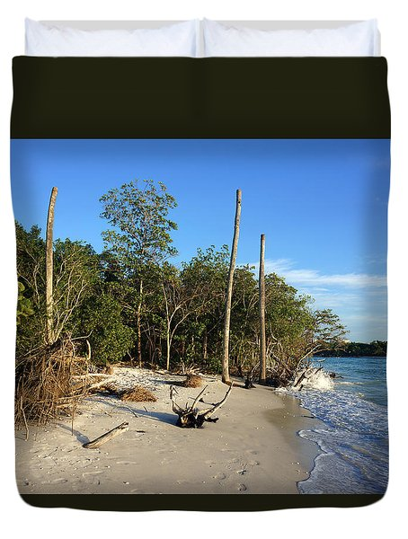 The Unspoiled Beauty Of Barefoot Beach In Naples - Landscape Duvet Cover