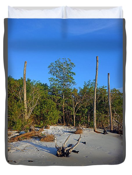 The Unspoiled Beauty Of Barefoot Beach In Naples - Portrait Duvet Cover