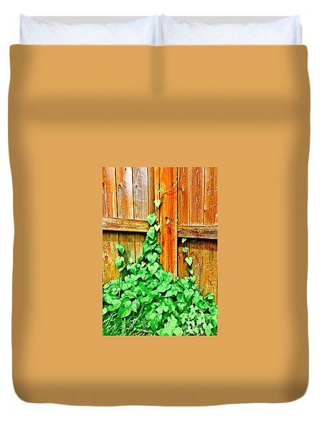 The Vine - No.6275 Duvet Cover